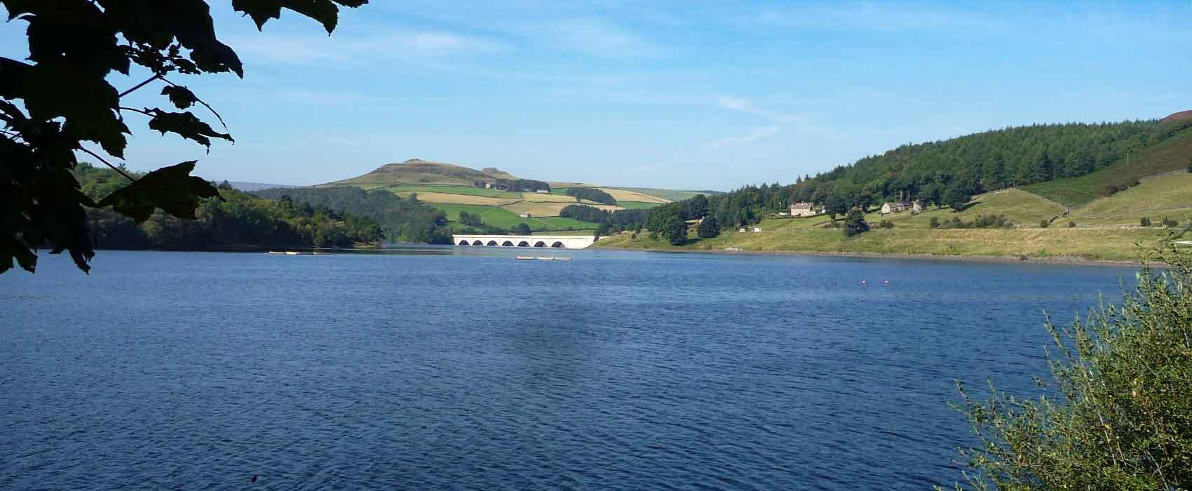 ladybower-dam-and-reservoir