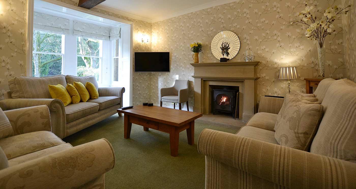 Derwent House sitting room staycation in Derbyshire