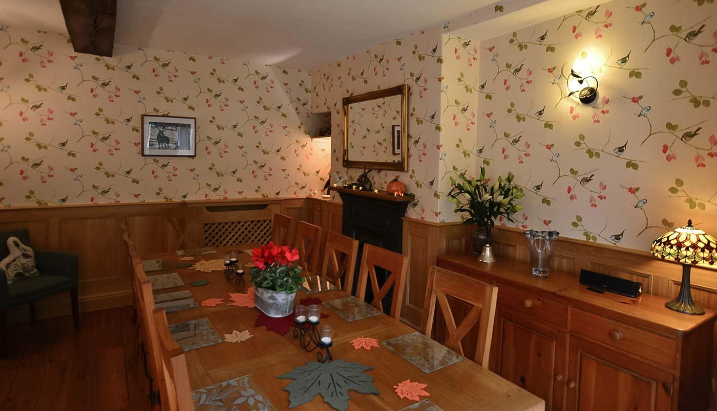 Autumn dining room at Derwent House